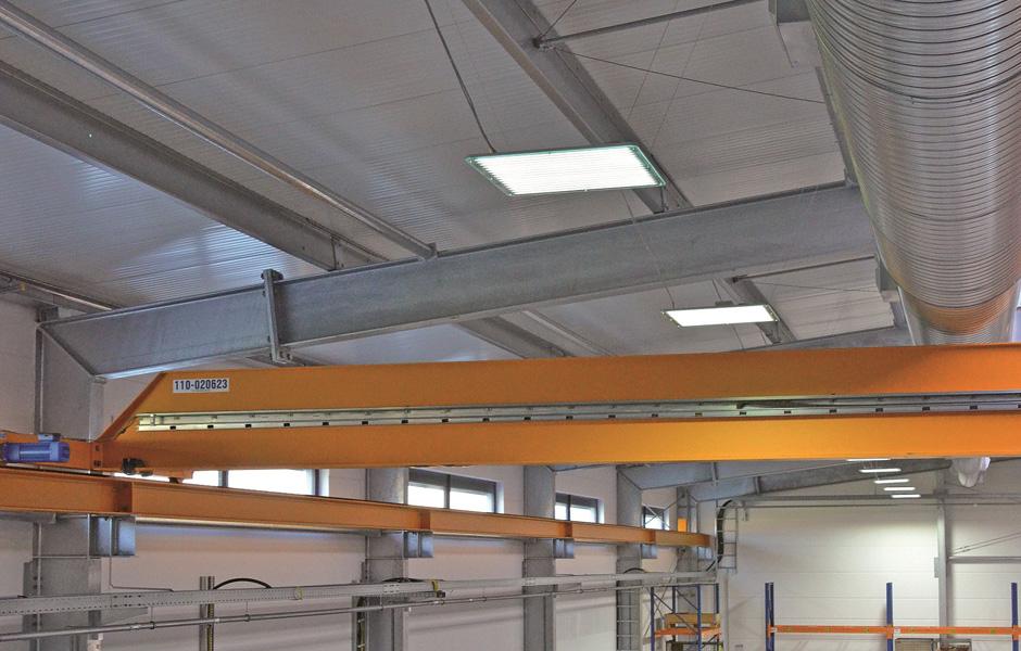 Referenzbild Firma Biersack LED Hallenbeleuchtung Industriebeleuchtung Industrial LOGIC Glas