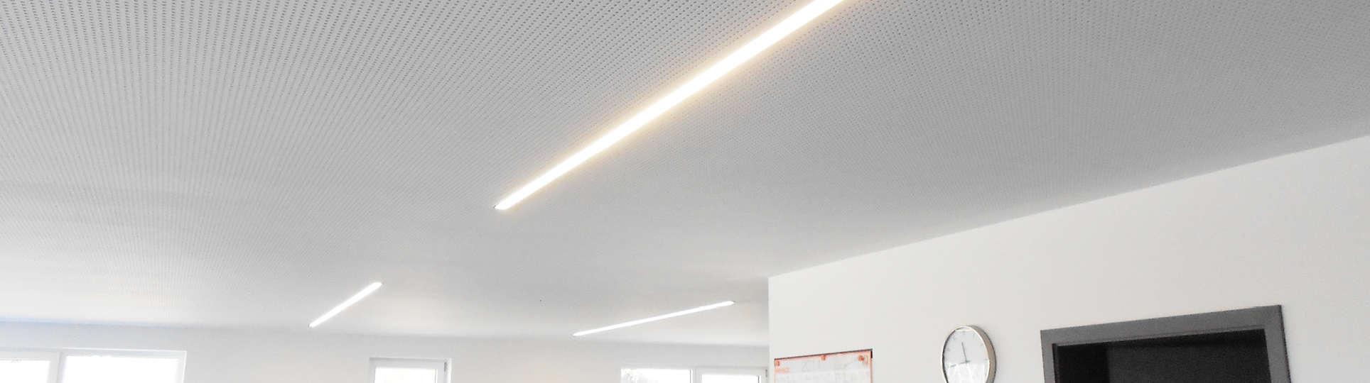 Slider_Referenz_Line-Light_1928x54013